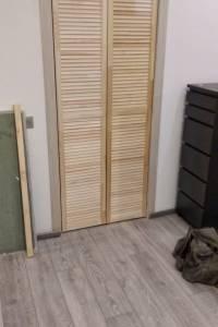 Фото пример работ по установке жалюзийных дверей