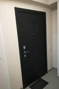 Фото работ по установке двери Гранит Т3М