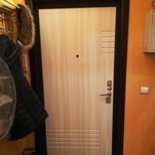 Установка входной двери Гранит Т3М, отделка откосов.
